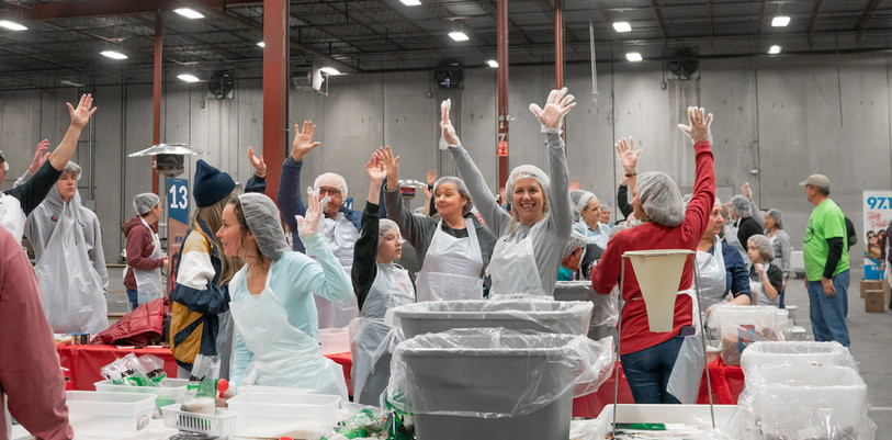 One Country Community Packs 165,000 Meals for Kids Across U.S.
