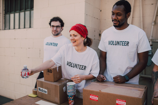 One Country Give Donates 10,000 Meals to South Texas Food Bank