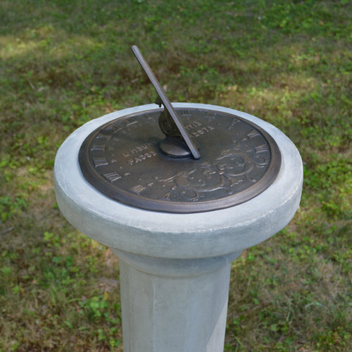 French Motto Sundial