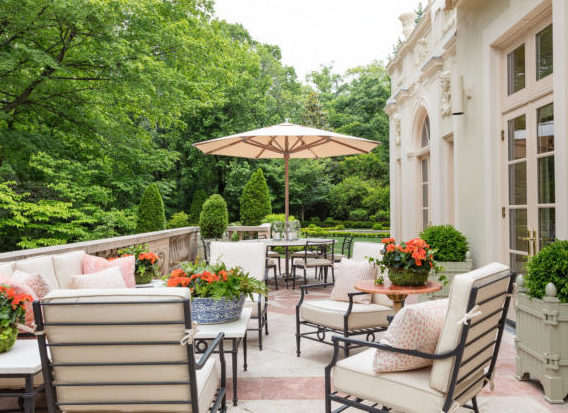 5 Ways to Create the Ultimate Outdoor Sanctuary