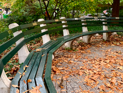 How Kenneth Lynch Shaped the Benches of Central Park