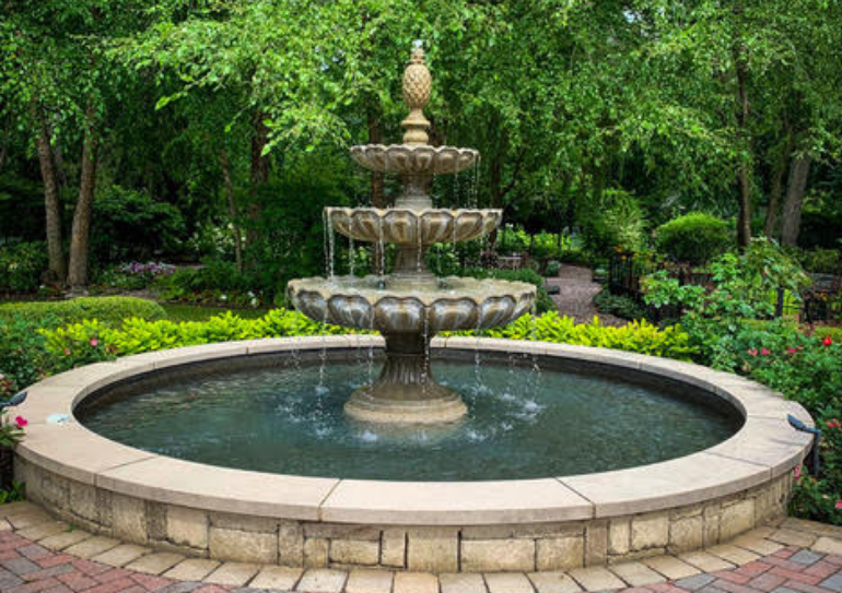 5 Garden Fountains for Every Space and Style