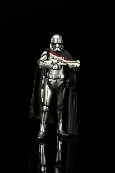 captain phasma statue