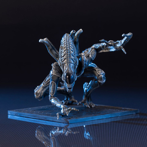 alien warrior drone artfx plus statue