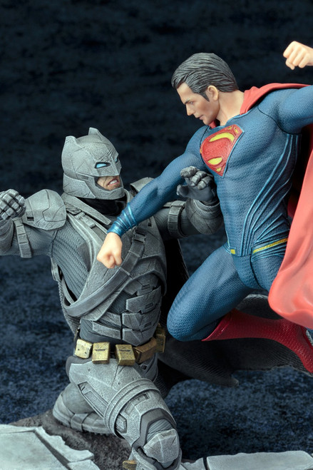 batman v superman artfx statue
