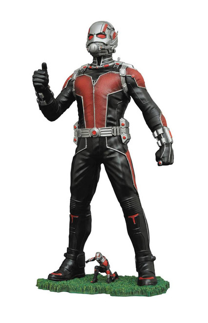 diamond select ant-man figure