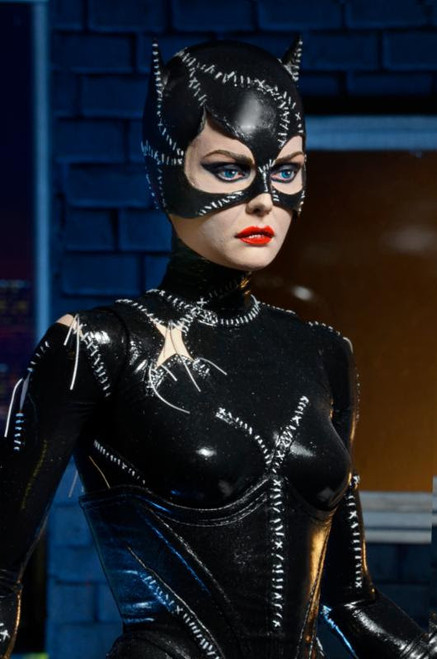 neca batman returns catwoman 1/4 scale figure