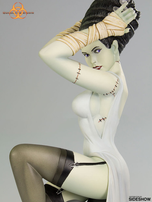 quarantine studio death becomes her statue