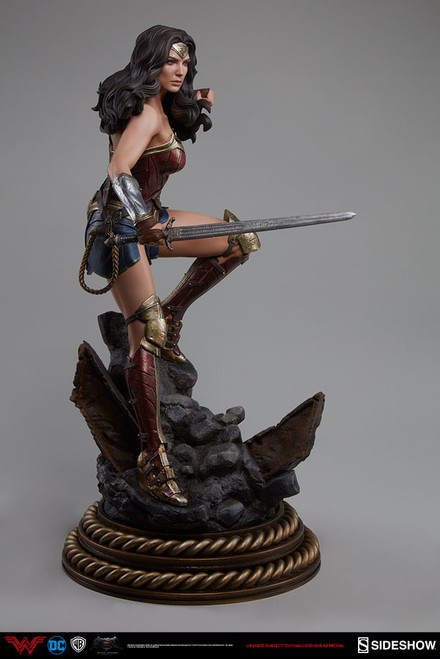 sideshow collectibles wonder woman premium format figure dawn of justice