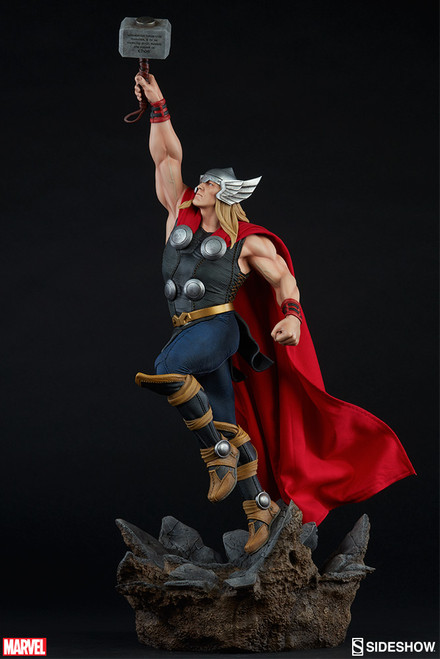 Sideshow Collectibles Thor - Avengers Assemble Statue-a