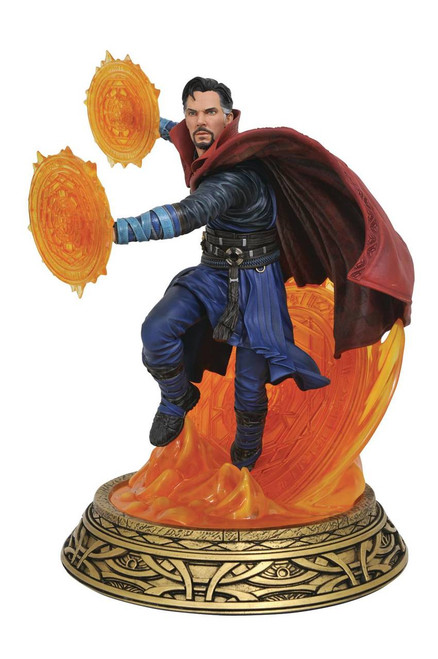 Diamond Select Toys Marvel Milestones Dr. Strange Movie Statue