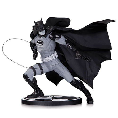 batman black white statue ivan reis