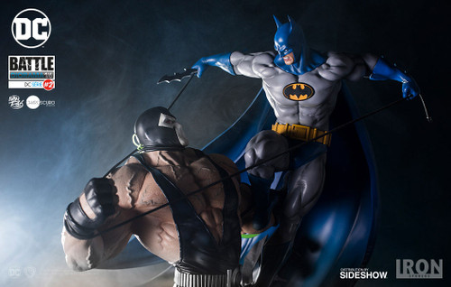 Batman vs Bane Diorama
