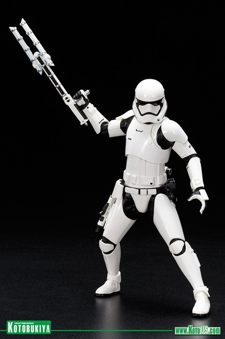 Star Wars First Order Stormtrooper FN-2199 ARTFX+ Statue