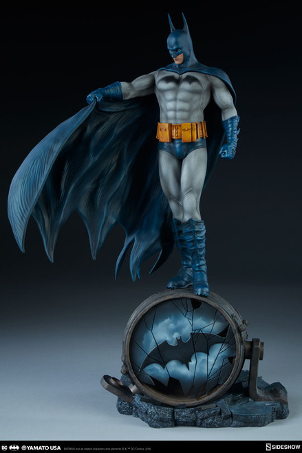 Batman (Blue Version) Statue