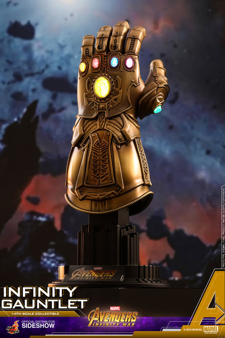 Infinity Gauntlet 1:4 Scale Figure