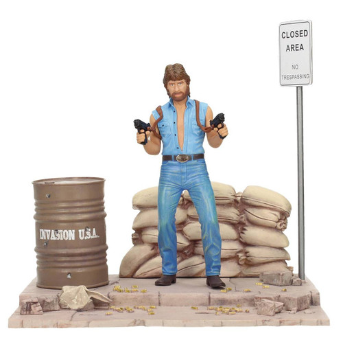 Invasion USA: Matt Hunter Figure with Diorama