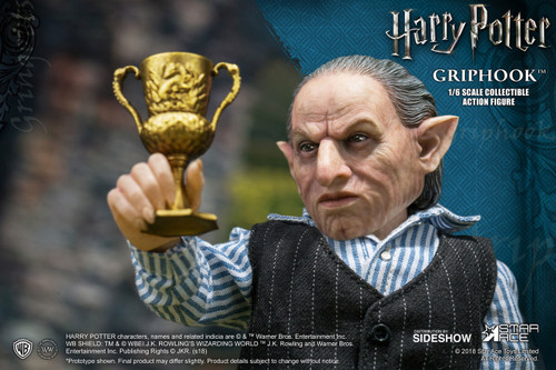 Harry Potter and the Deathly Hallows Part 2 Griphook 1:6 Scale Figure