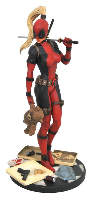 Marvel Premier Lady Deadpool Statue