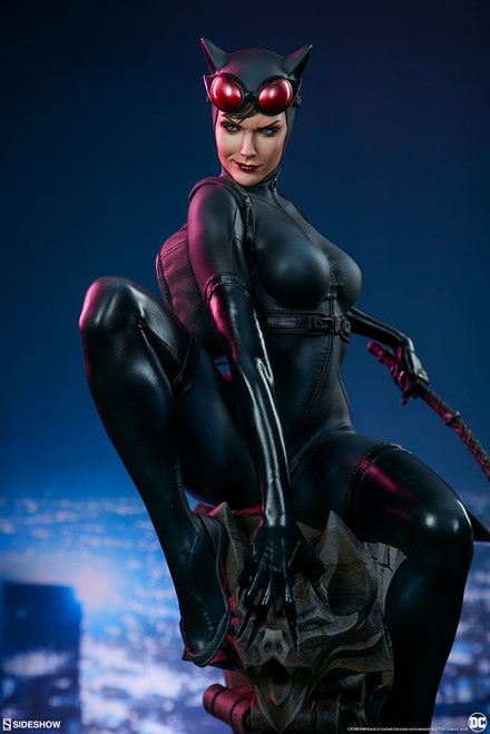 sideshow collectibles catwoman premium format figure