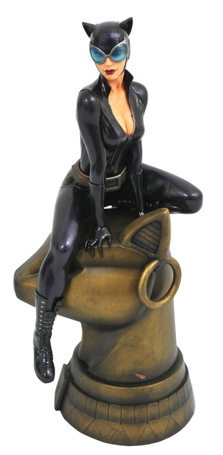 dc gallery catwoman comic statue