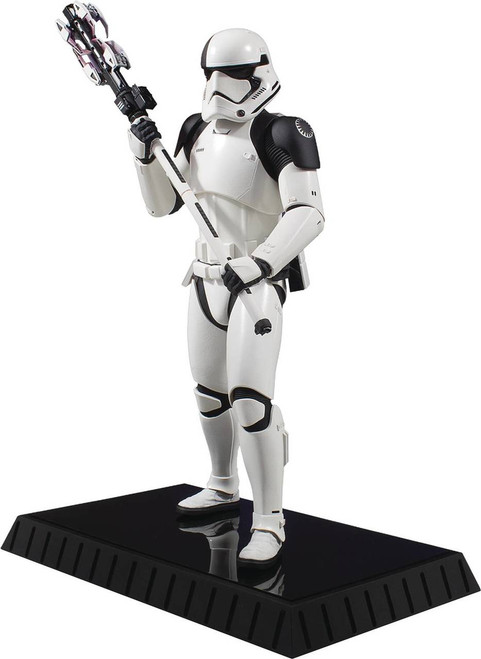 Star Wars Executioner Trooper 1:6 Scale Statue