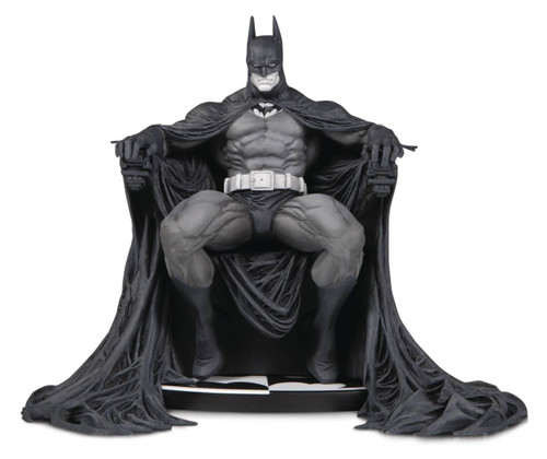 Batman Black and White Statue by Marc Silvestri