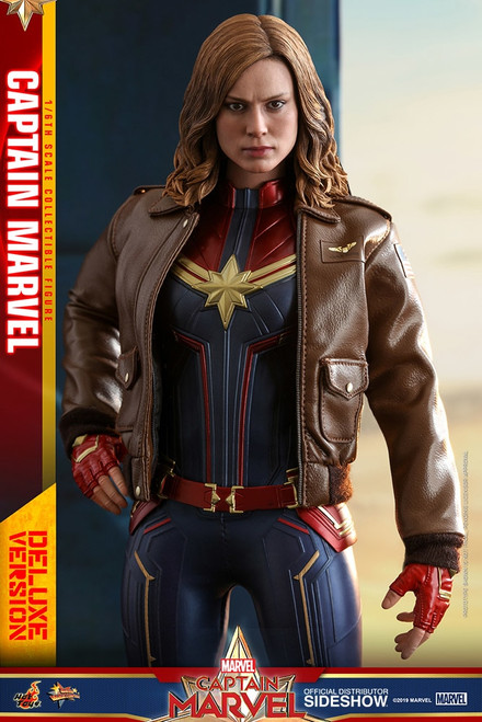hot toys captain marvel