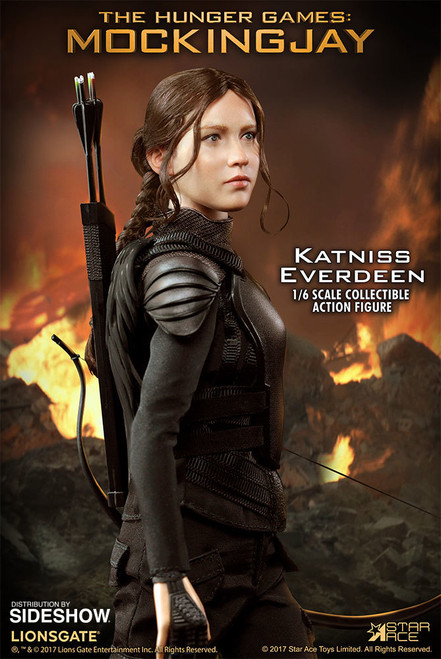 The Hunger Games: Katniss Everdeen (Black Outfit) 1:6 Scale Figure