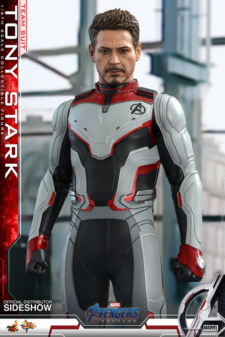 hot toys tony stark team suit