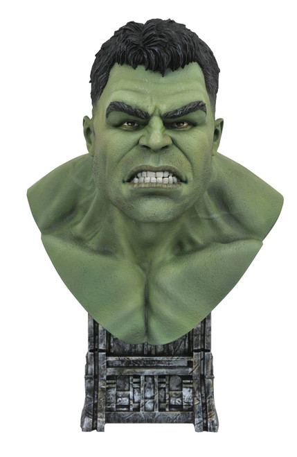 Legends in 3D Marvel Thor Ragnarok Hulk 1:2 Scale Bust