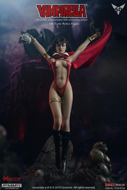 Vampirella 50th Anniversary Jose Gonzalez Edition 1:6 Scale Figure