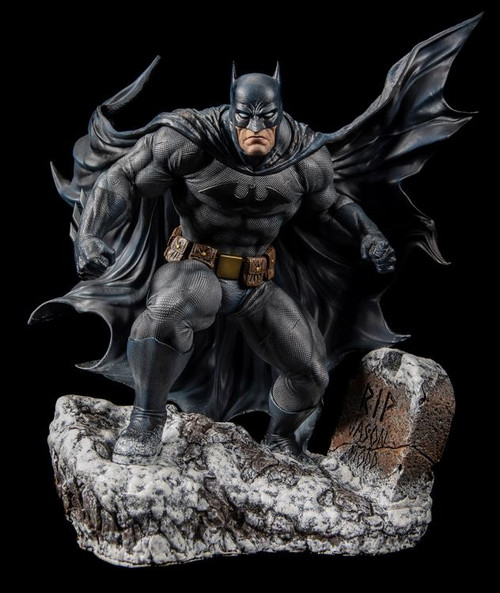 Batman: Hush Iconic Cover Art 1:6 Scale Statue