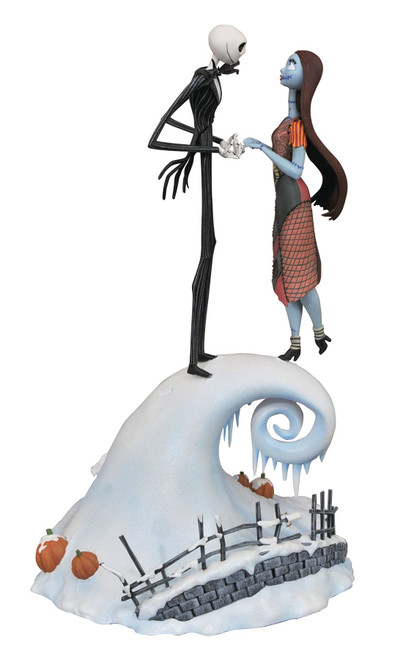 Nightmare Before Christmas Jack and Sally Statue