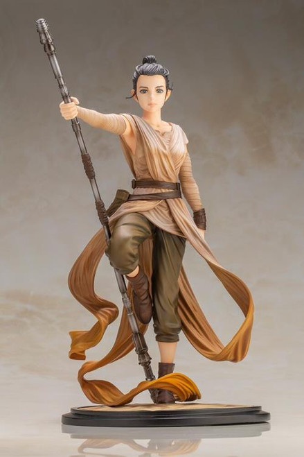 Kotobukiya Star Wars Artist Series Rey (Descendant of Light) ARTFX Statue