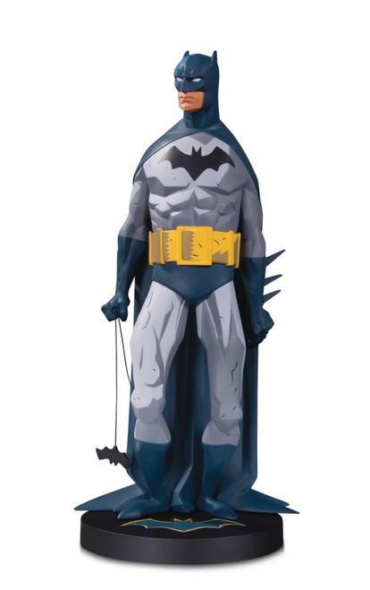 DC Comics DC Designer Series Batman Mini Statue by Mignola
