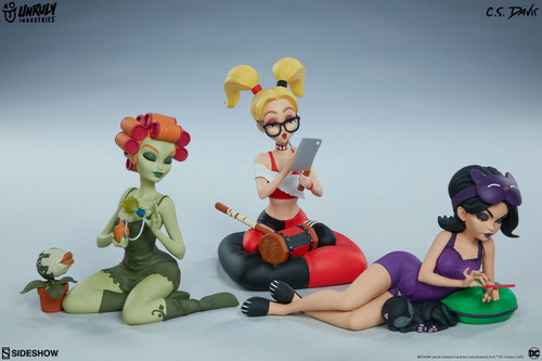 Unruly Industries Sleepover Sirens Designer Collectible Set