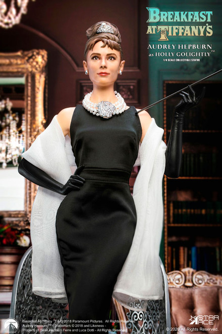 star ace audrey hepburn holly golightly statue