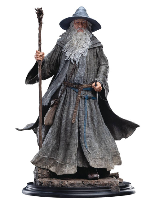weta lord of the rings gandalf the grey pilgrim classic series one sixth scale statue