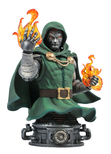 diamond select toys doctor doom bust