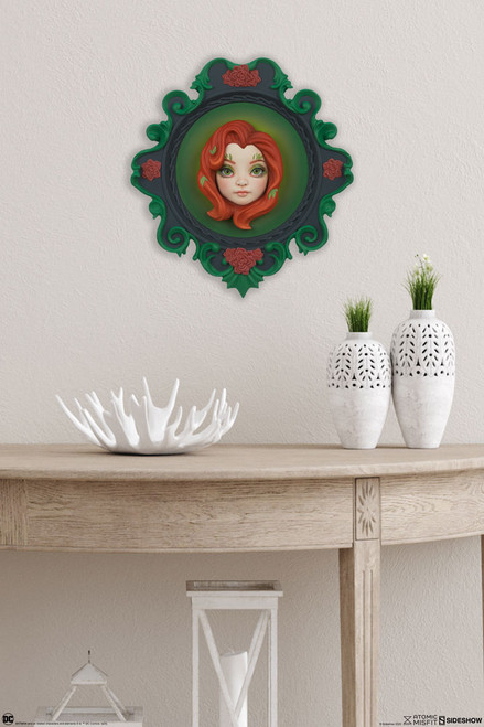 poison ivy wall hanging
