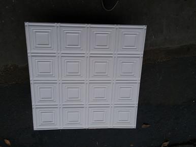 LOT # 47A Aluminum # 0601 (24 SQ FT) 6 PCS Matt White 24 x 24 Nail Up or drop In