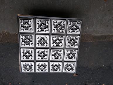 LOT # 49A PVC # 103 (44 SQ FT) 11 PCS Antique Silver 24 x 24 Glue Up