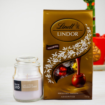Candle With 100gm Lindt Chocolates