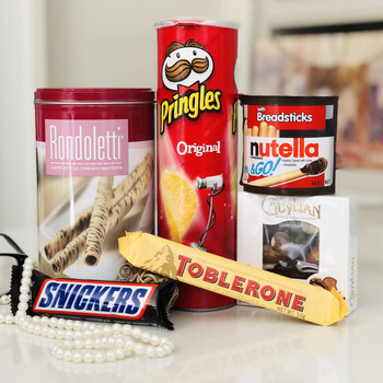 Adorable Sweets Hamper