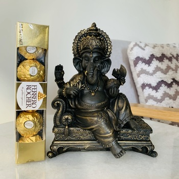 Ganesha With Ferrero Rocher 5 Pieces