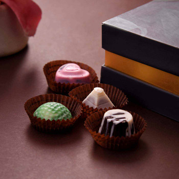 Fancy Assorted Chocolates for Valentine - FOR INDIA