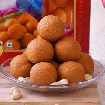 Set of 2 Bhai Rakhis with Besan Laddoo & Lindt Chocolate