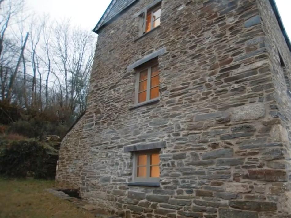 Liskeard Mill, Cornwall - Grand Designs Kevin McCloud