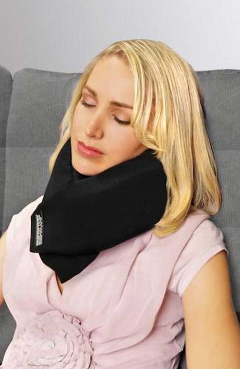 Safeskies pillow as a collar